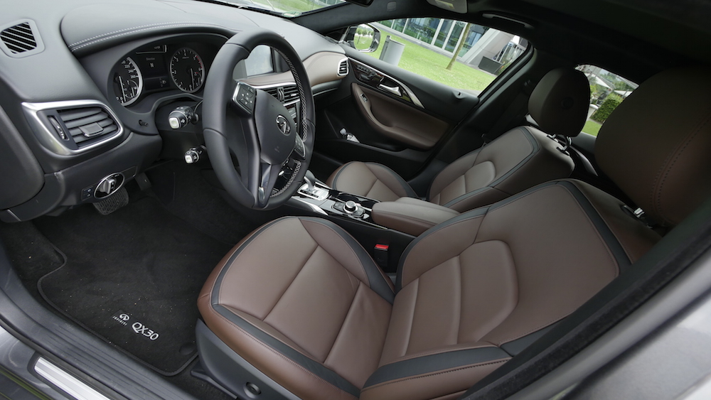 InfinitiQX30_crossover_02