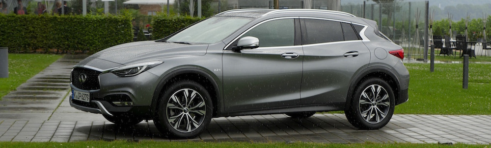 InfinitiQX30_crossover_17