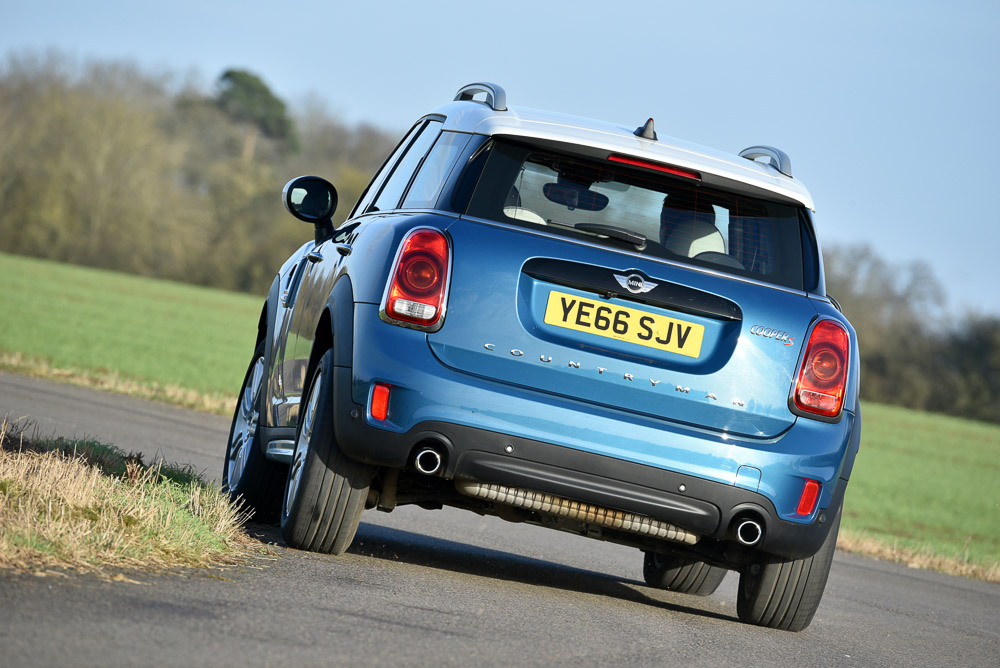 MINI_Countryman_216