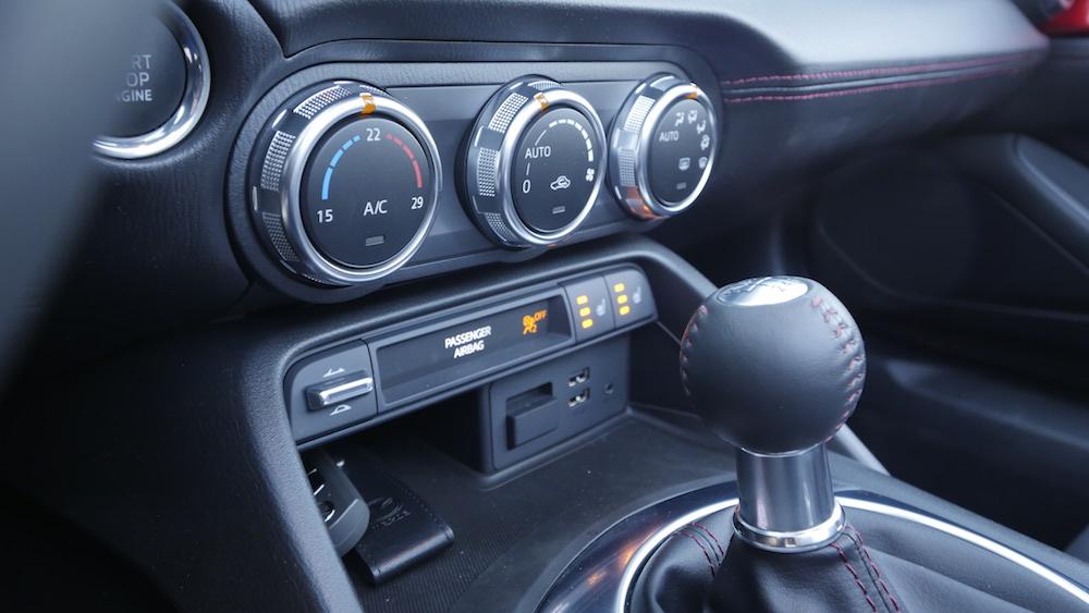 MazdaMX5_RF_hardtop_14
