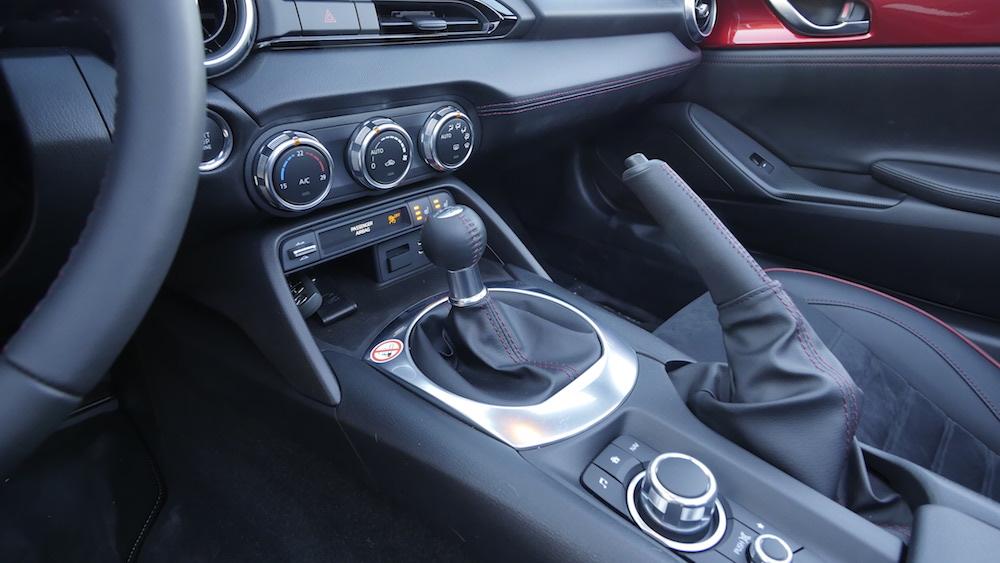 MazdaMX5_RF_hardtop_16