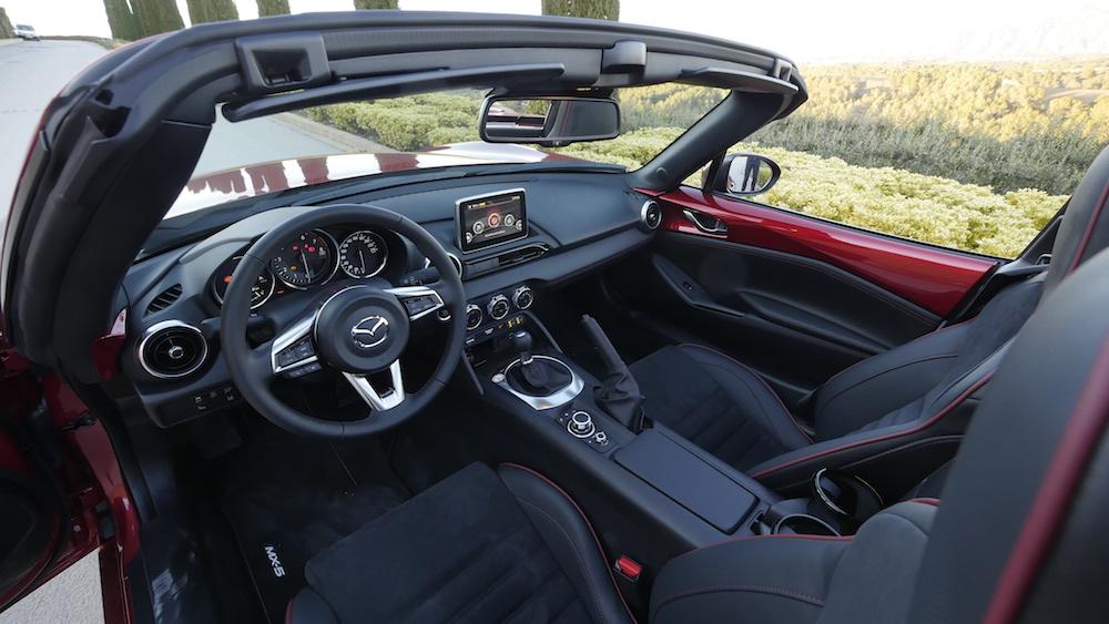 MazdaMX5_RF_hardtop_17
