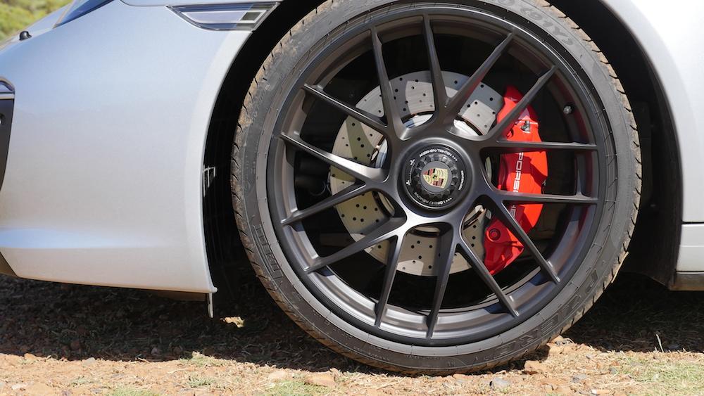 Porsche911GTS_facelift003
