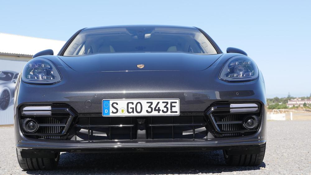 PorschePanameraE-Hybrid_Executive_001