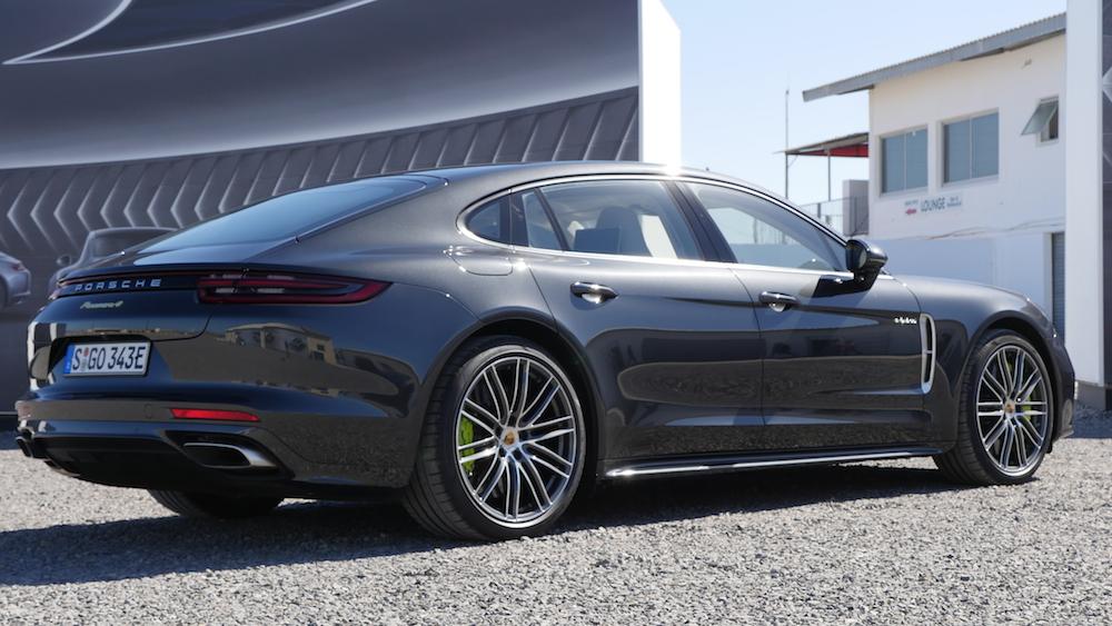 PorschePanameraE-Hybrid_Executive_004