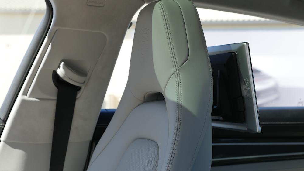 PorschePanameraE-Hybrid_Executive_009