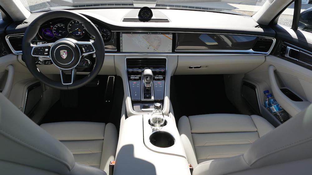 PorschePanameraE-Hybrid_Executive_017