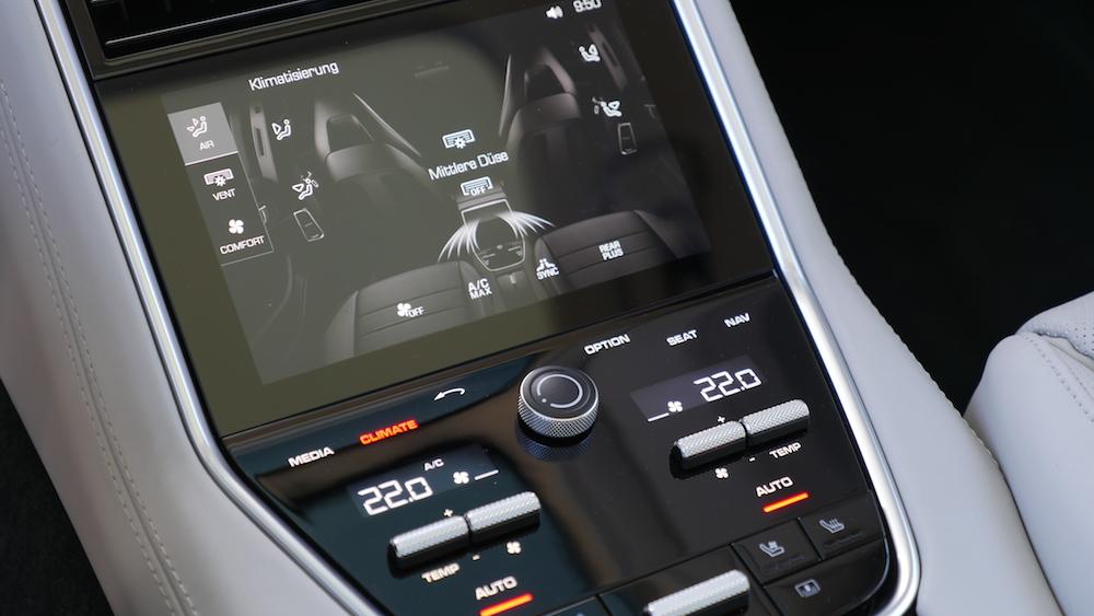 PorschePanameraE-Hybrid_Executive_020