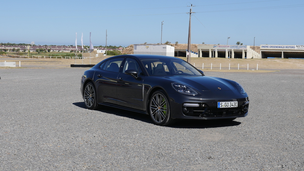 PorschePanameraE-Hybrid_Executive_028