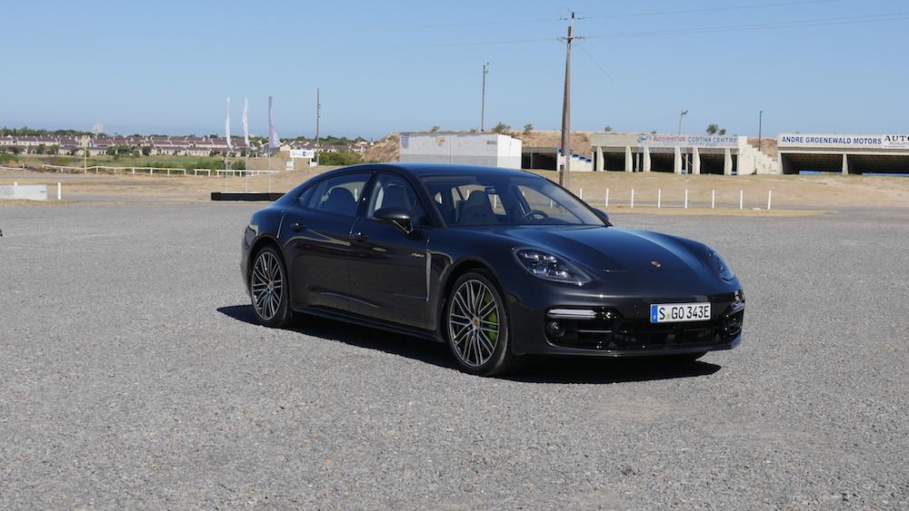 PorschePanameraE-Hybrid_Executive_028