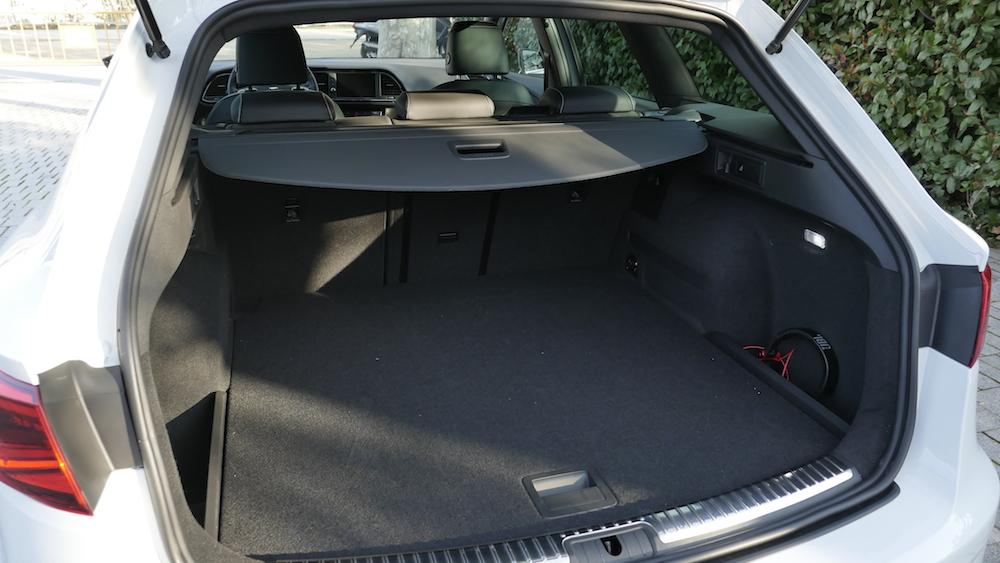 seat leon cupra facelift 300 ps allrad dsg im st. Black Bedroom Furniture Sets. Home Design Ideas