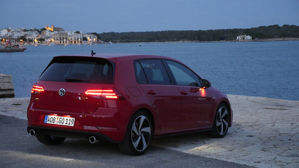 vw golf facelift test gti 230 ps highline 1 5 tsi 150. Black Bedroom Furniture Sets. Home Design Ideas