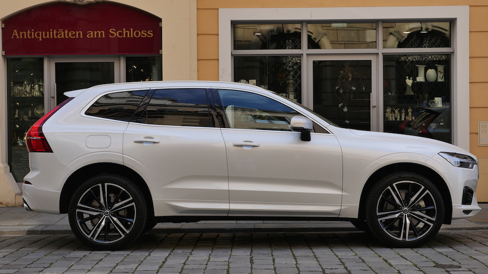 neuer volvo xc60 fahrbericht inscription r design. Black Bedroom Furniture Sets. Home Design Ideas