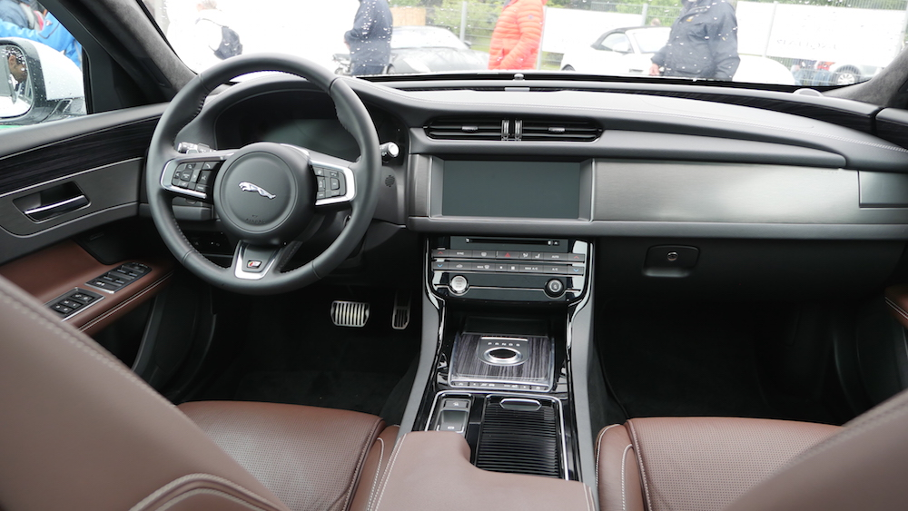 jaguar xf sportbrake kombi f r die neue generation. Black Bedroom Furniture Sets. Home Design Ideas