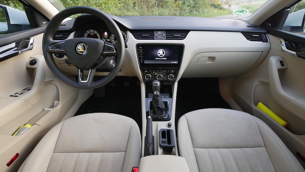 Skoda Octavia Limousine Test Facelift 2017 | Autogefühl