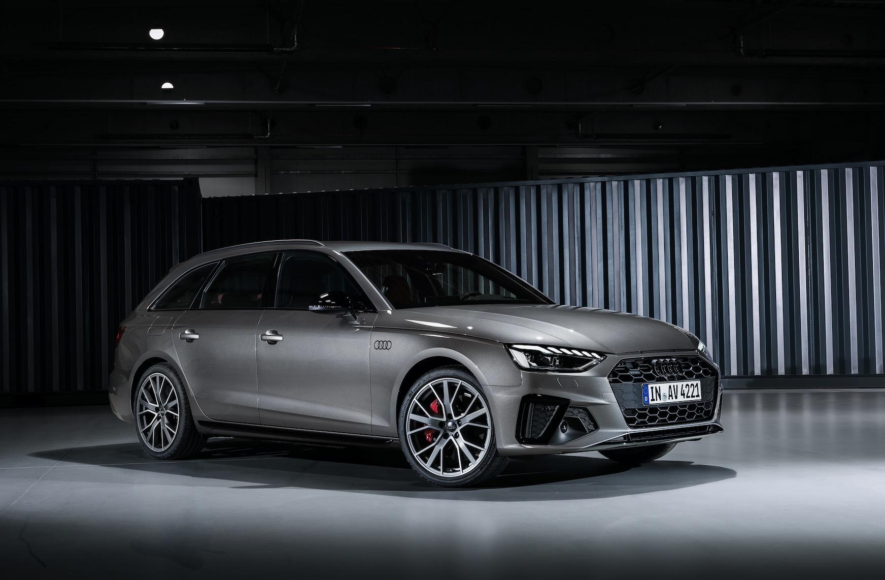 Audi A4 Facelift 2020: S4 Limousine vs A4 Avant und ...
