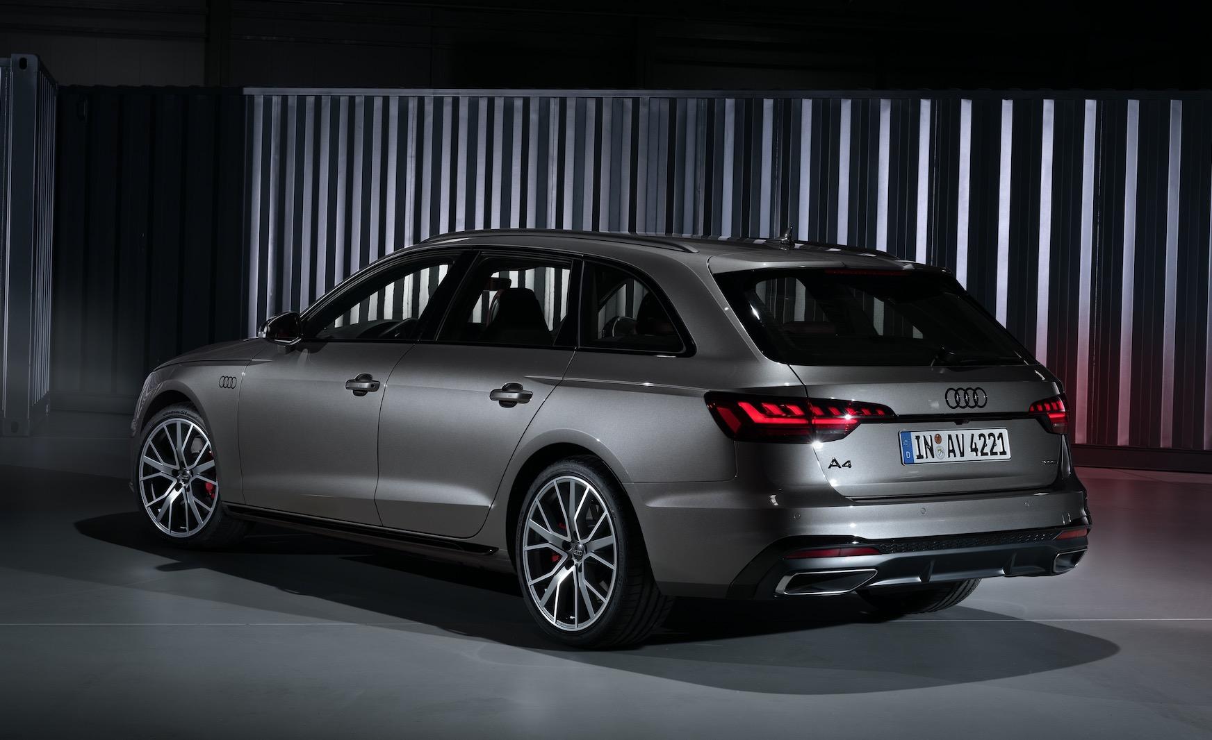 audi a4 facelift 2020: s4 limousine vs a4 avant und