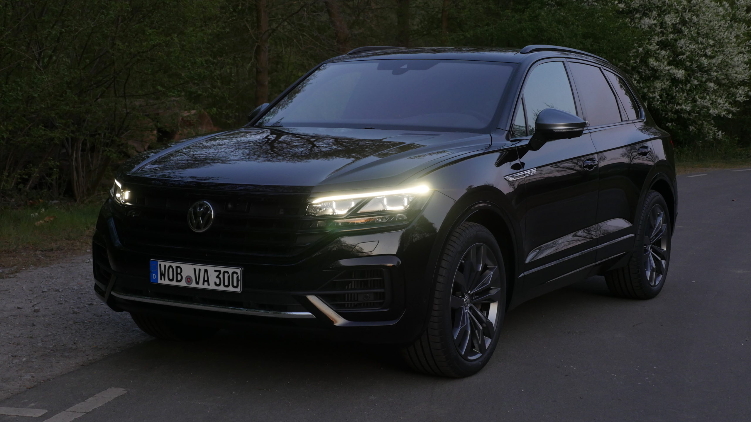 2020 VW Touareg Performance and New Engine