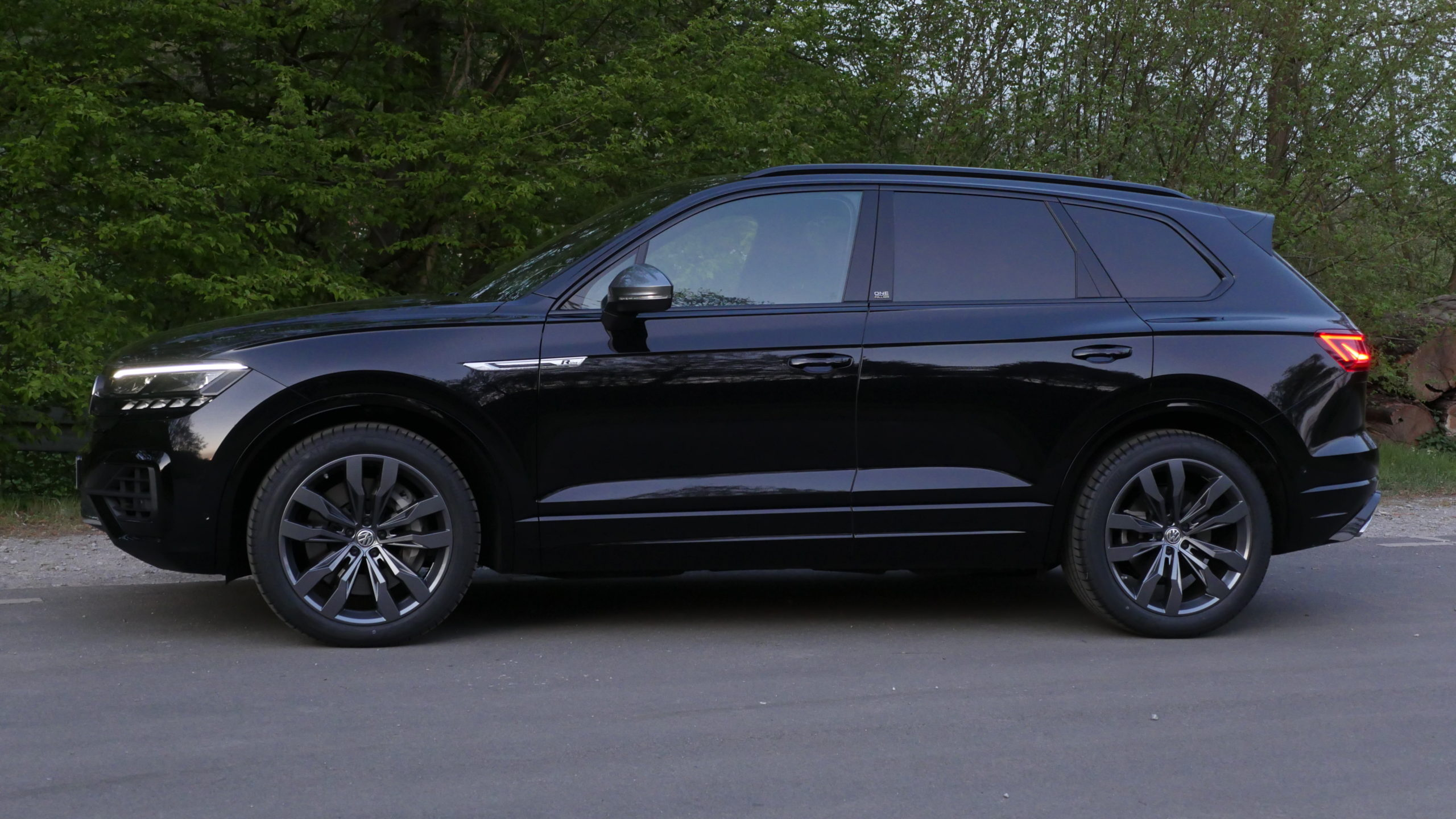 2020 Volkswagen Touareg Price and Release date